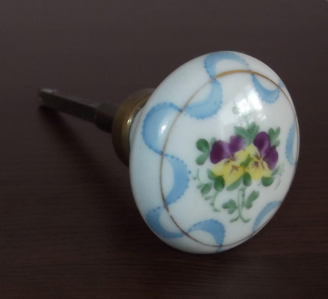 porcelain door knob photo - 18