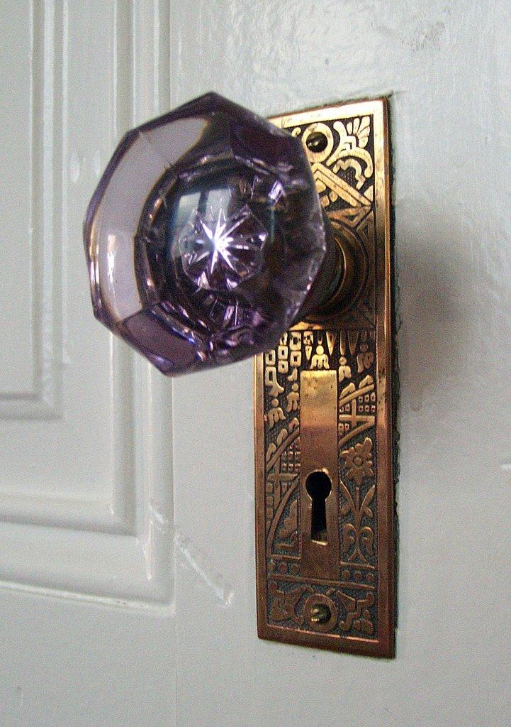 purple glass door knobs photo - 14