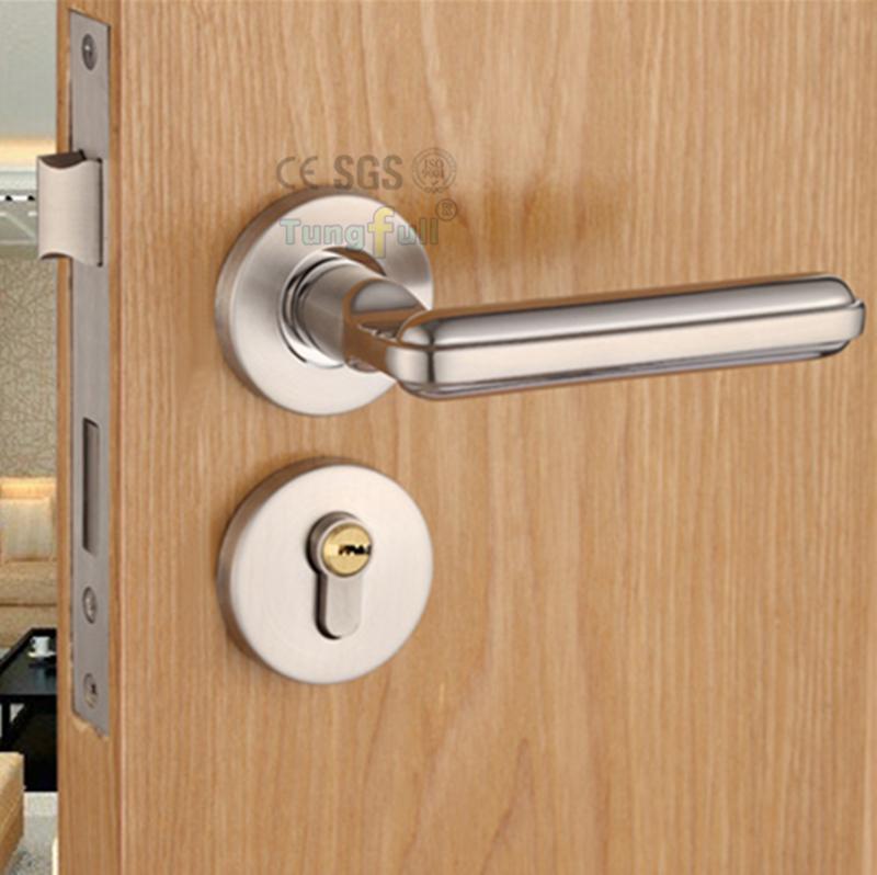 quiet door knobs photo - 7