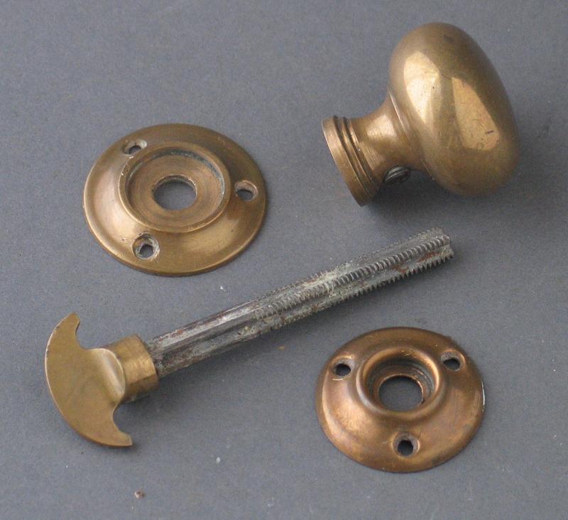 reclaimed door knobs photo - 11