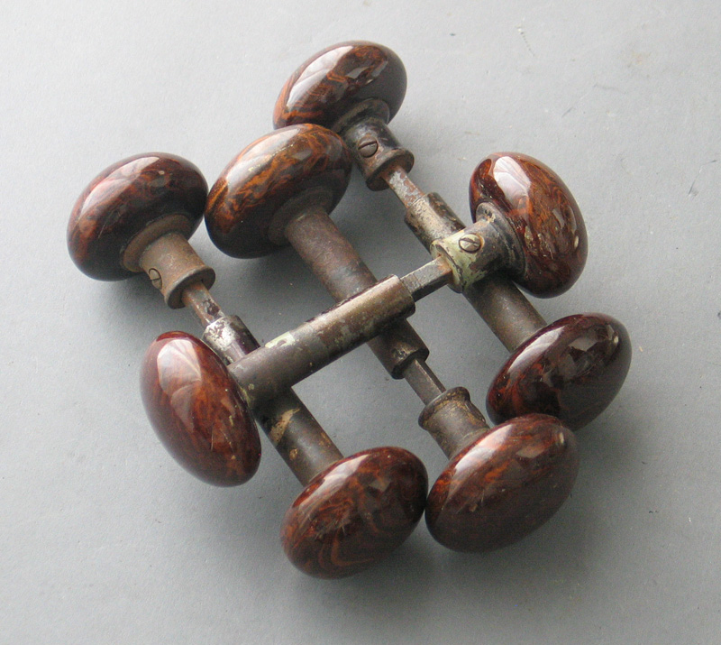 reclaimed door knobs photo - 12
