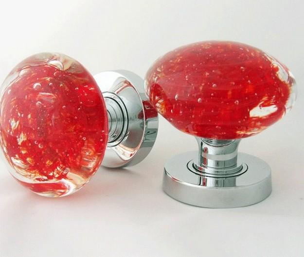 red glass door knob photo - 5