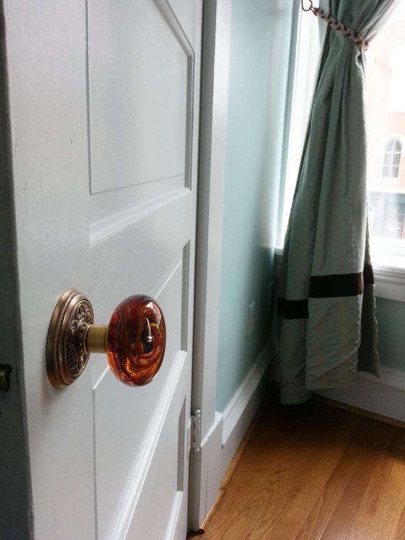 red glass door knob photo - 7