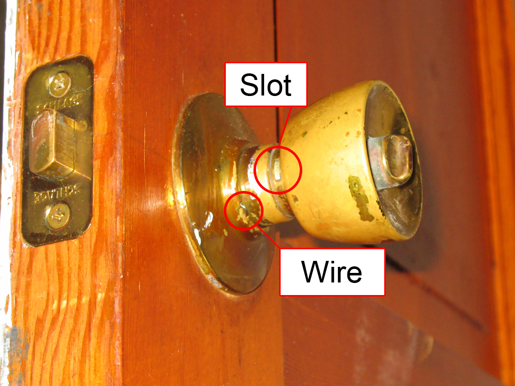 remove door knob photo - 6