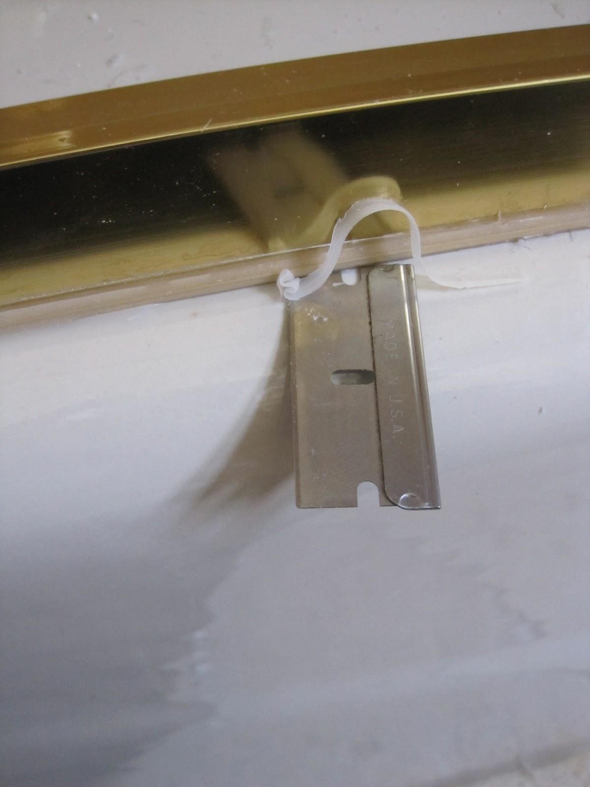 remove door knob without screws photo - 16