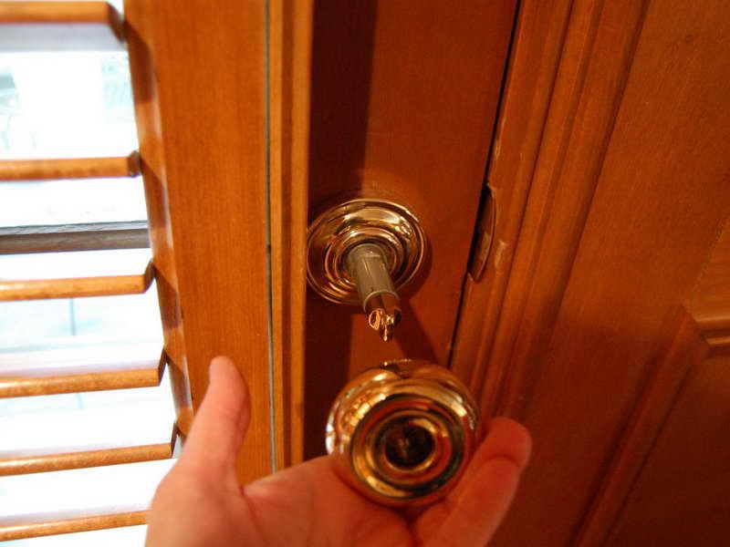 repair door knob photo - 13