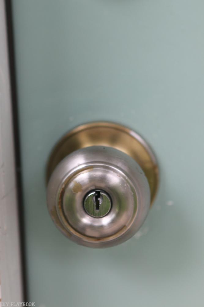 replace old door knob photo - 18