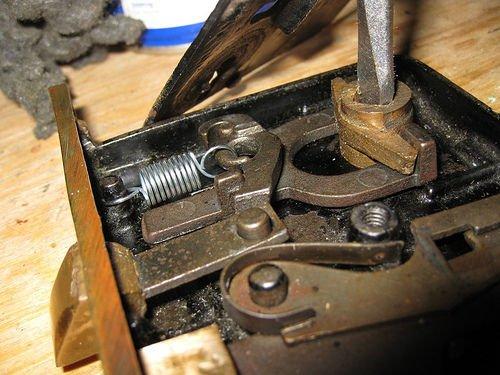 replacing interior door knobs photo - 4