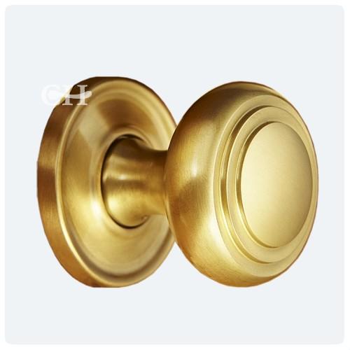satin brass door knobs photo - 3