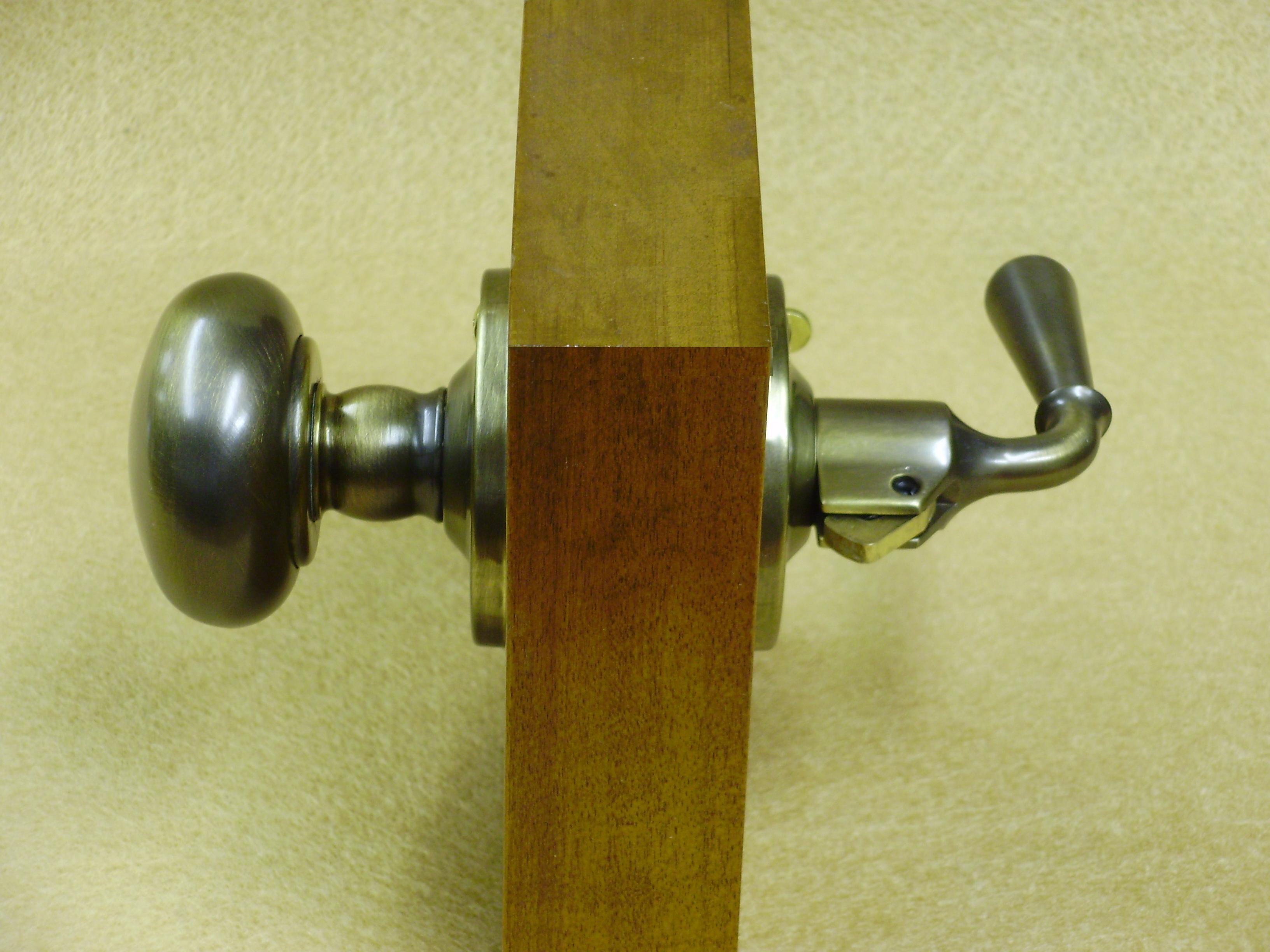 screen door knob photo - 11