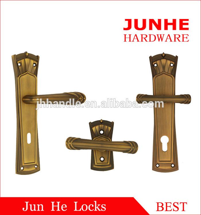 self locking door knobs photo - 8