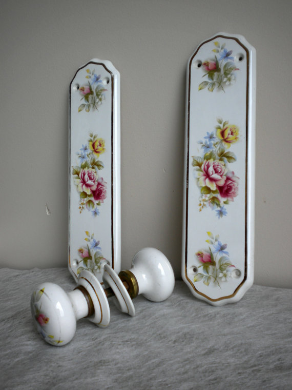 shabby chic door knobs photo - 19