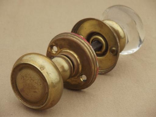 silver door knobs photo - 12