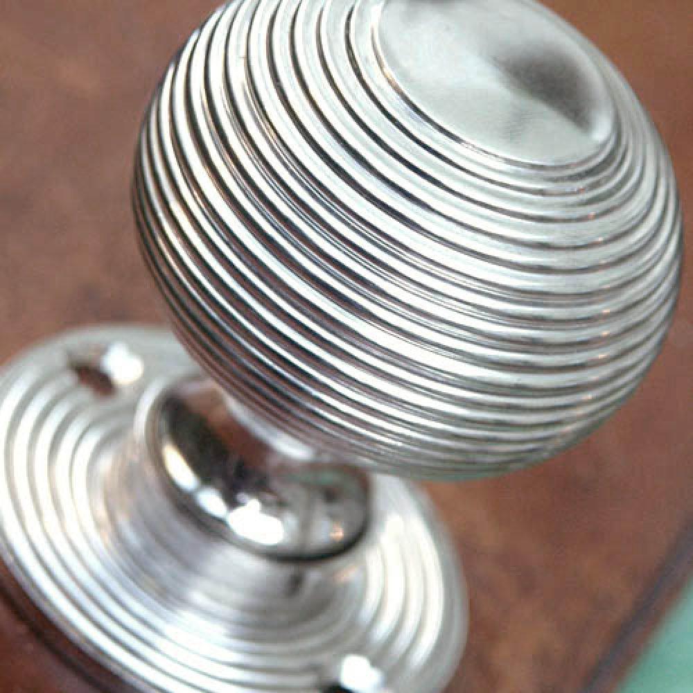 silver door knobs photo - 17