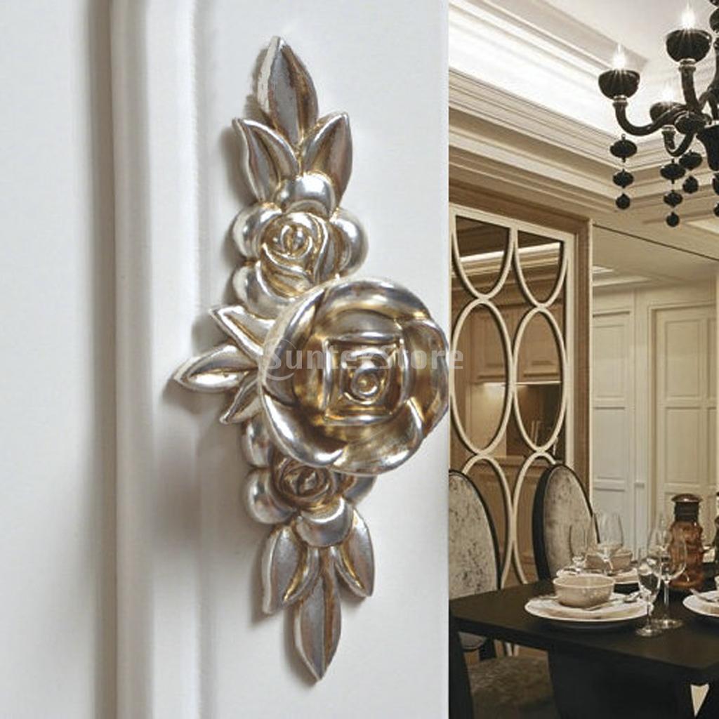 silver door knobs photo - 5