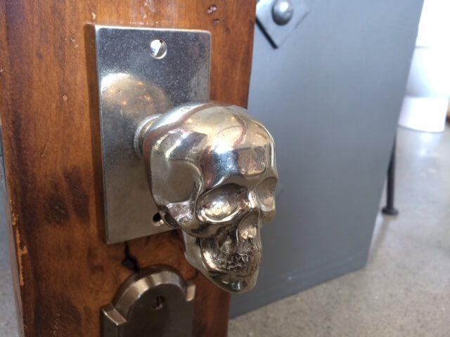 skull door knob photo - 8