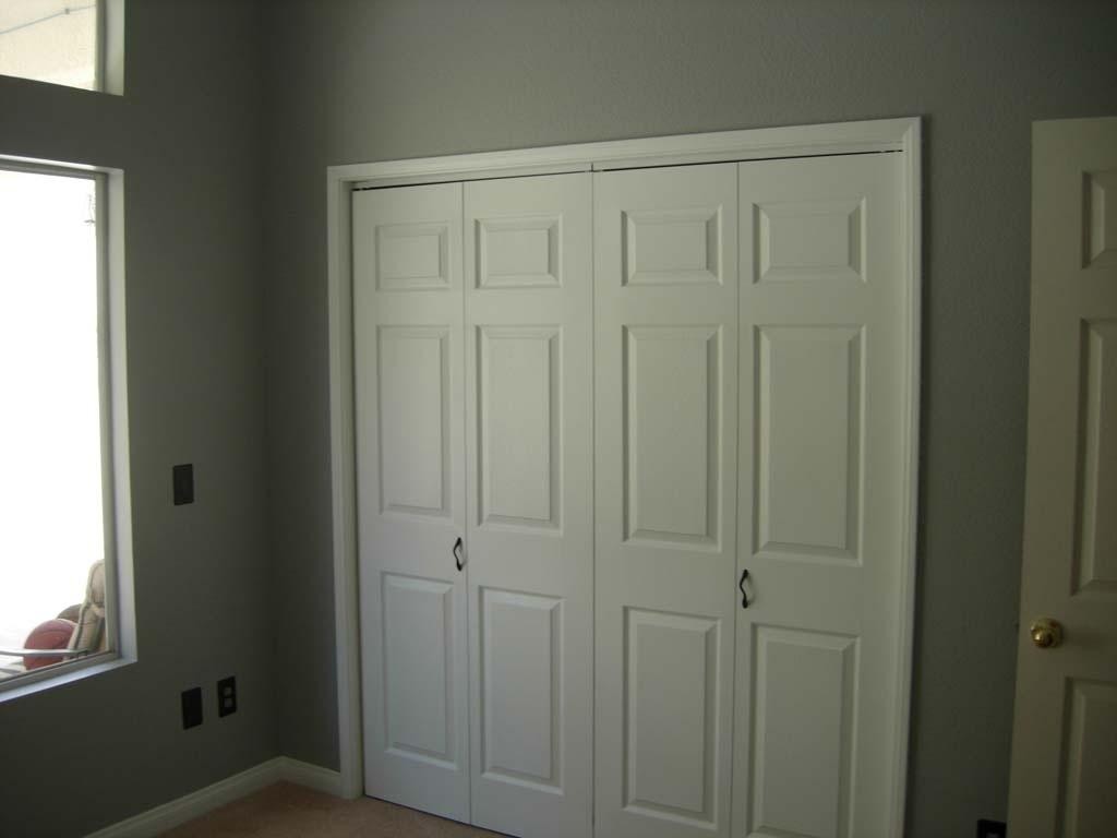sliding closet door knobs photo - 16