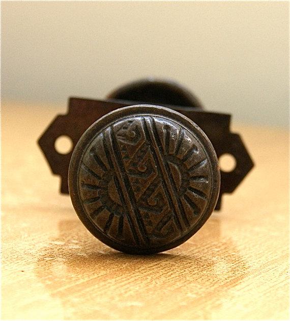 small door knob photo - 11