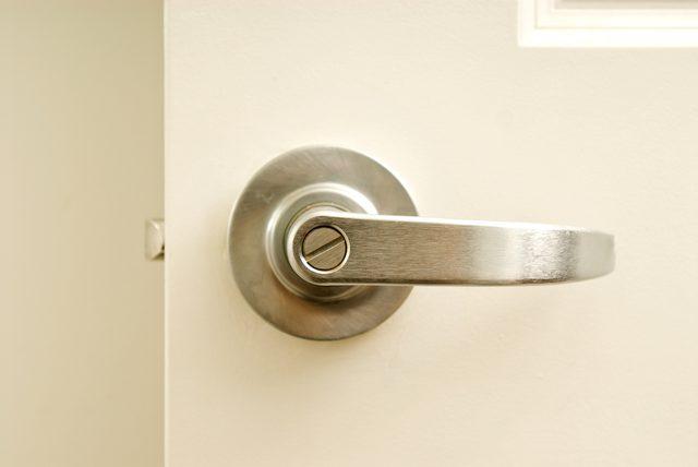 tighten loose door knob photo - 10