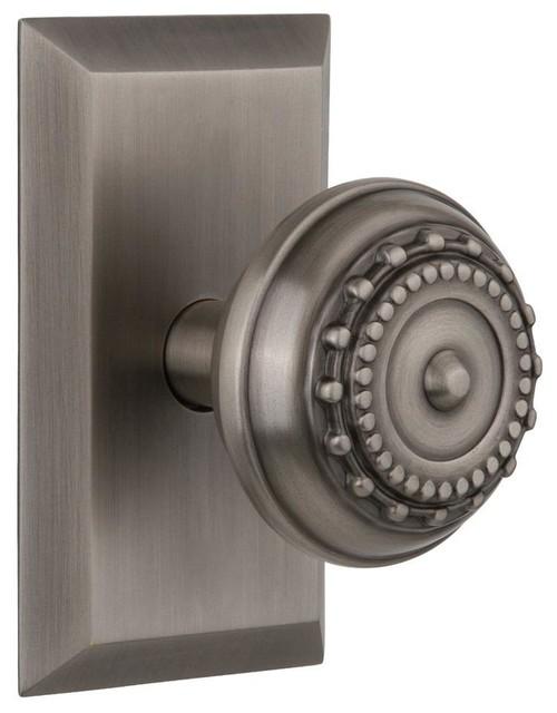 traditional door knobs photo - 1