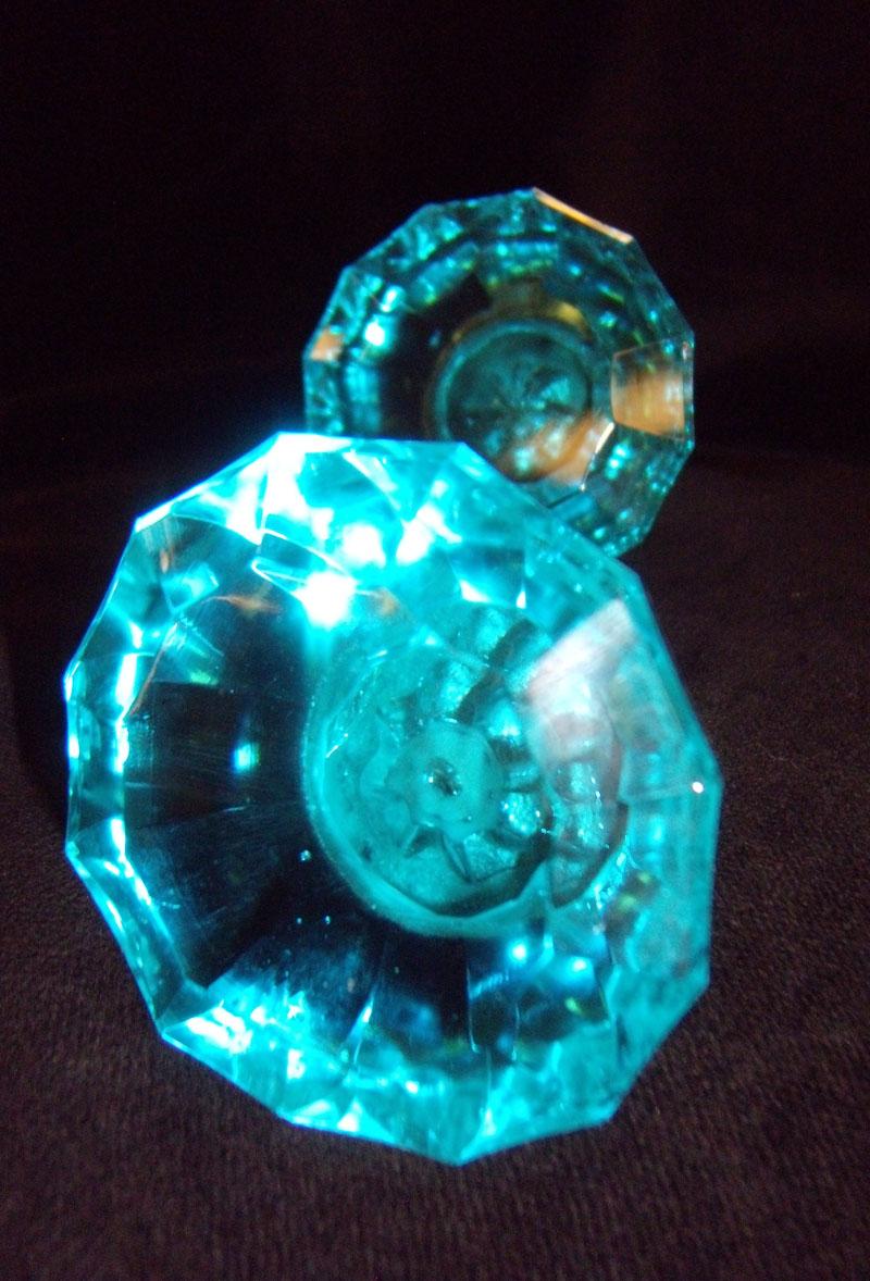 turquoise door knobs photo - 2
