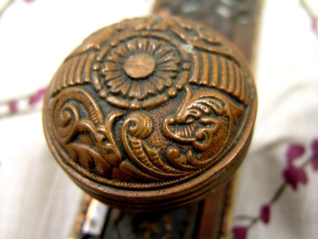 unique door knob photo - 14