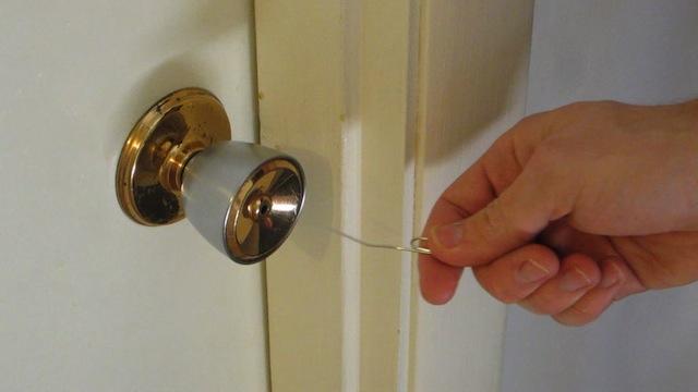 unlock door knob without key photo - 15