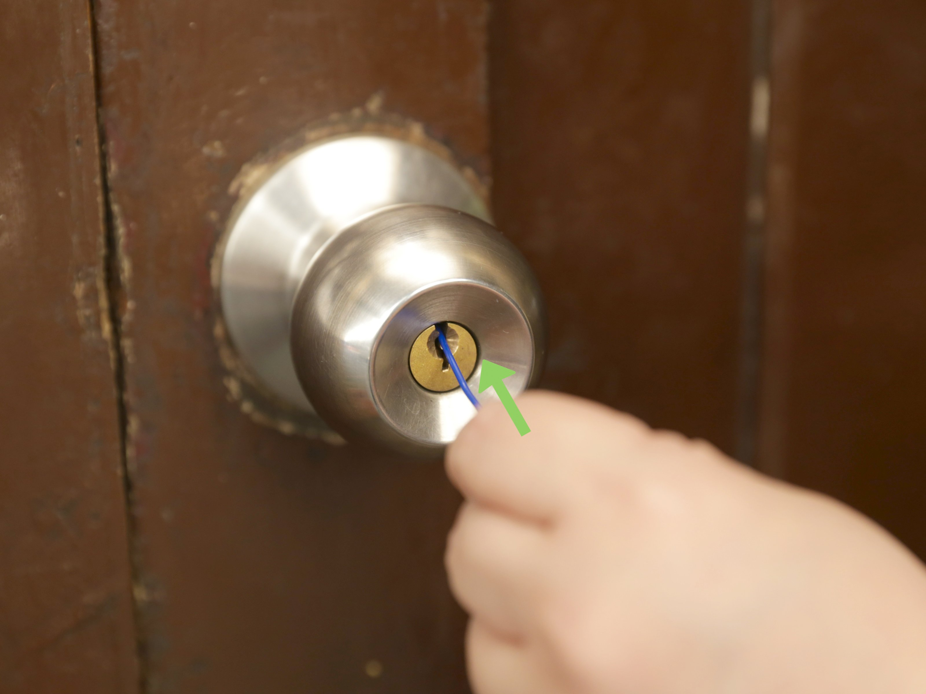 unlock door knob without key photo - 4