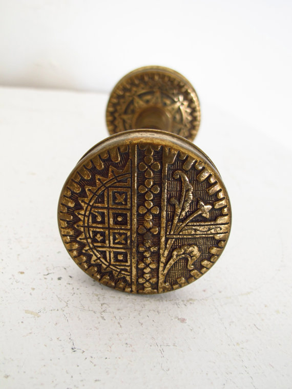 vintage brass door knobs photo - 18