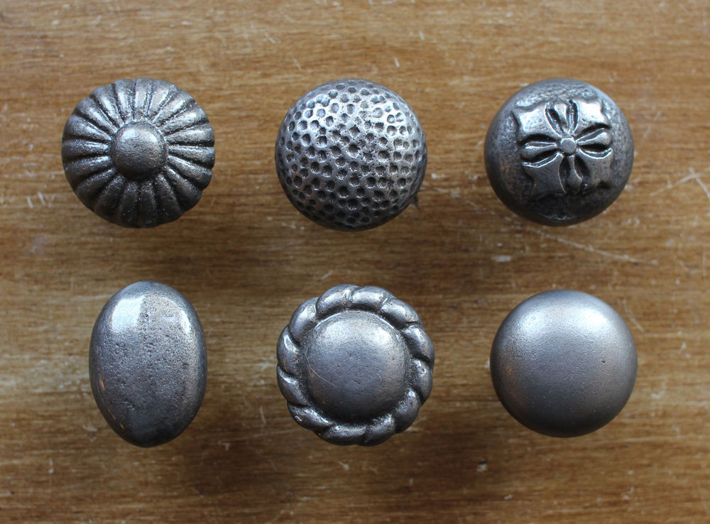 vintage cupboard door knobs photo - 8