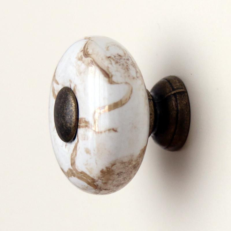 vintage cupboard door knobs photo - 9