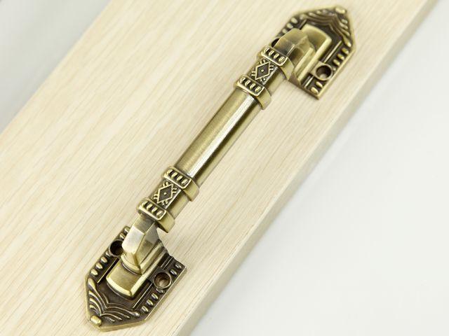 vintage door handles and knobs photo - 3