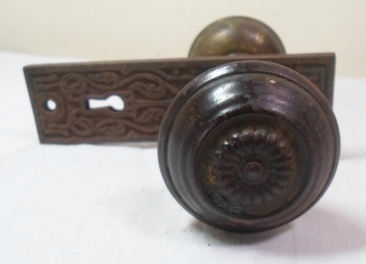 vintage door handles and knobs photo - 8