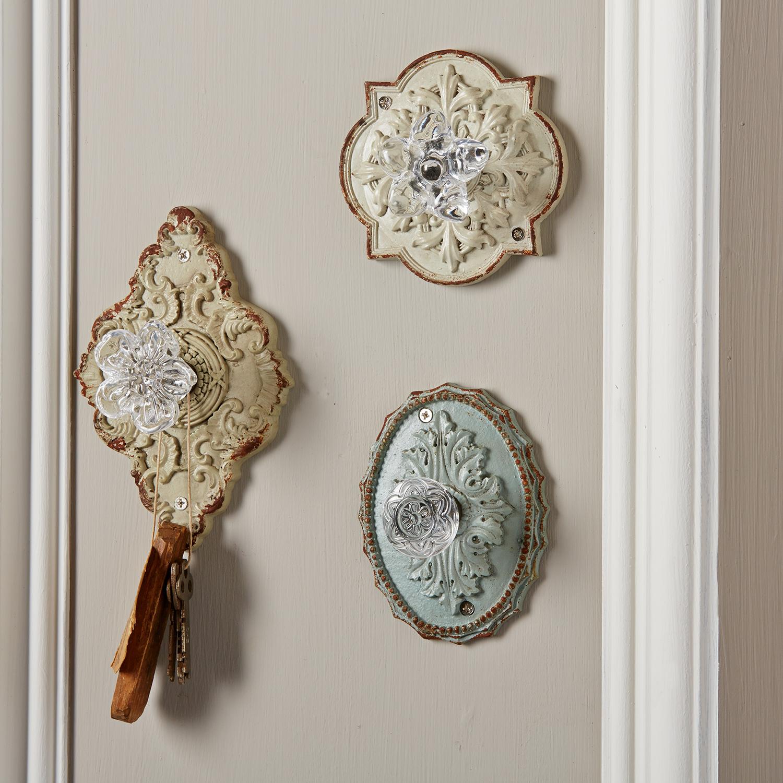 vintage door knob hooks photo - 1