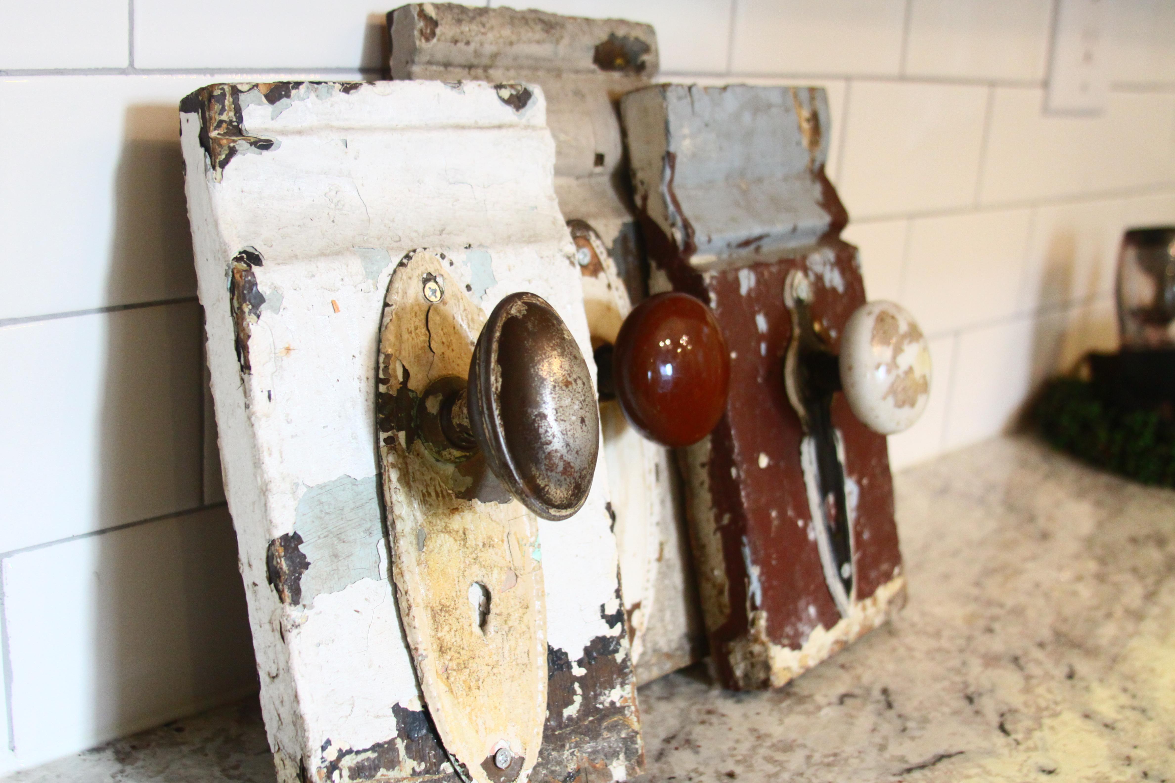 vintage door knob hooks photo - 17