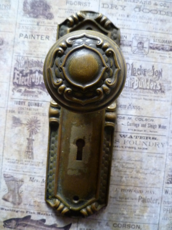 vintage door knob plates photo - 13
