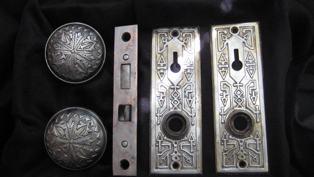 vintage door knob sets photo - 17