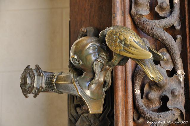 weird door knobs photo - 4