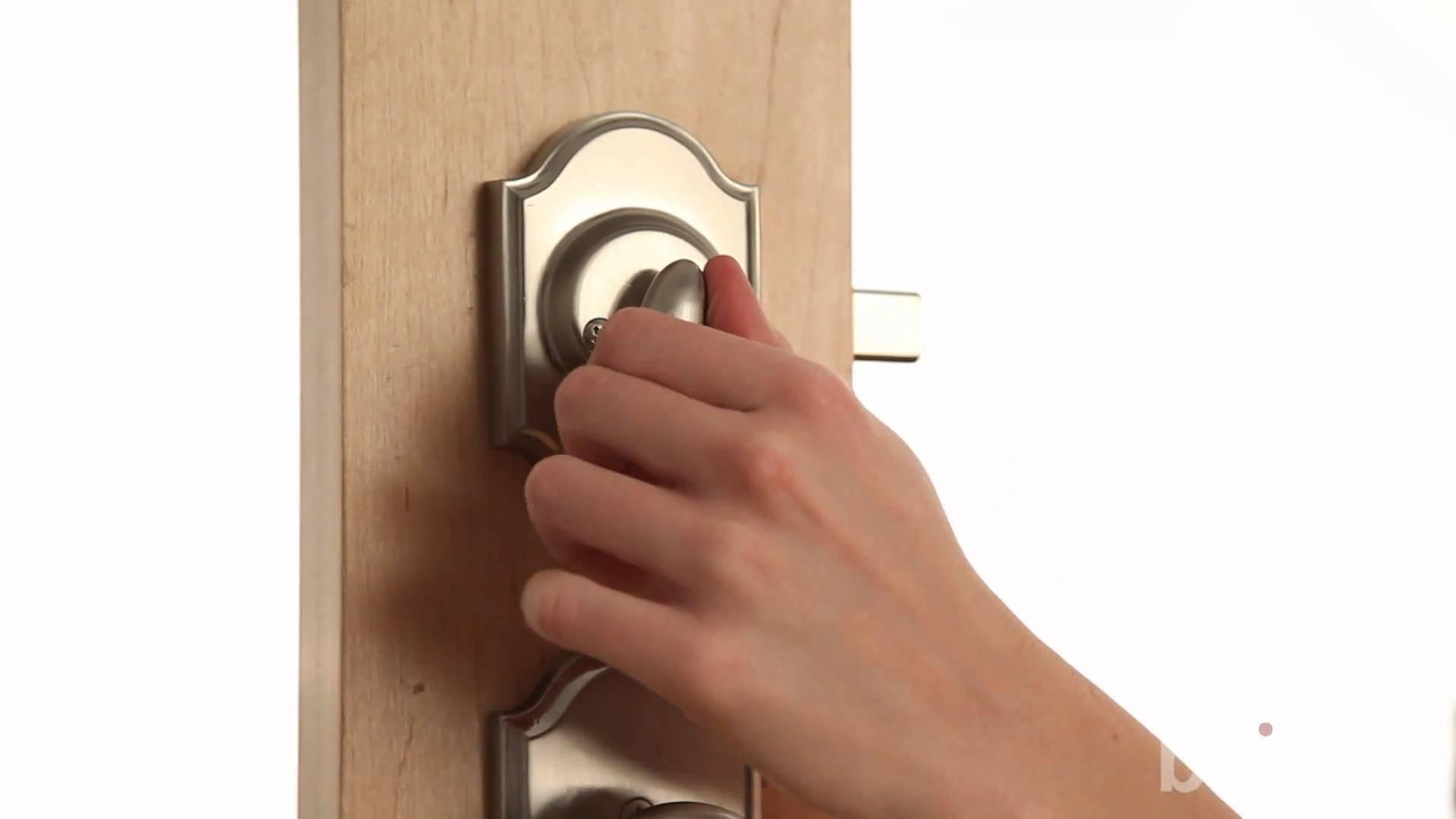 weslock door knob removal photo - 11