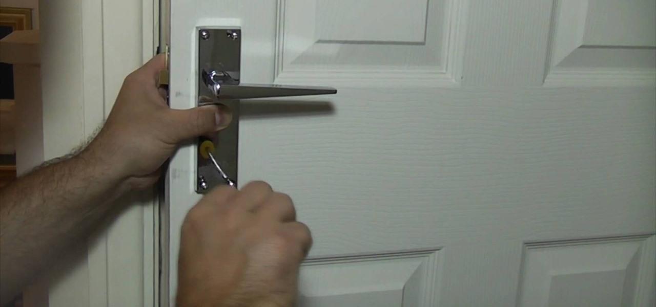 weslock door knob removal photo - 17