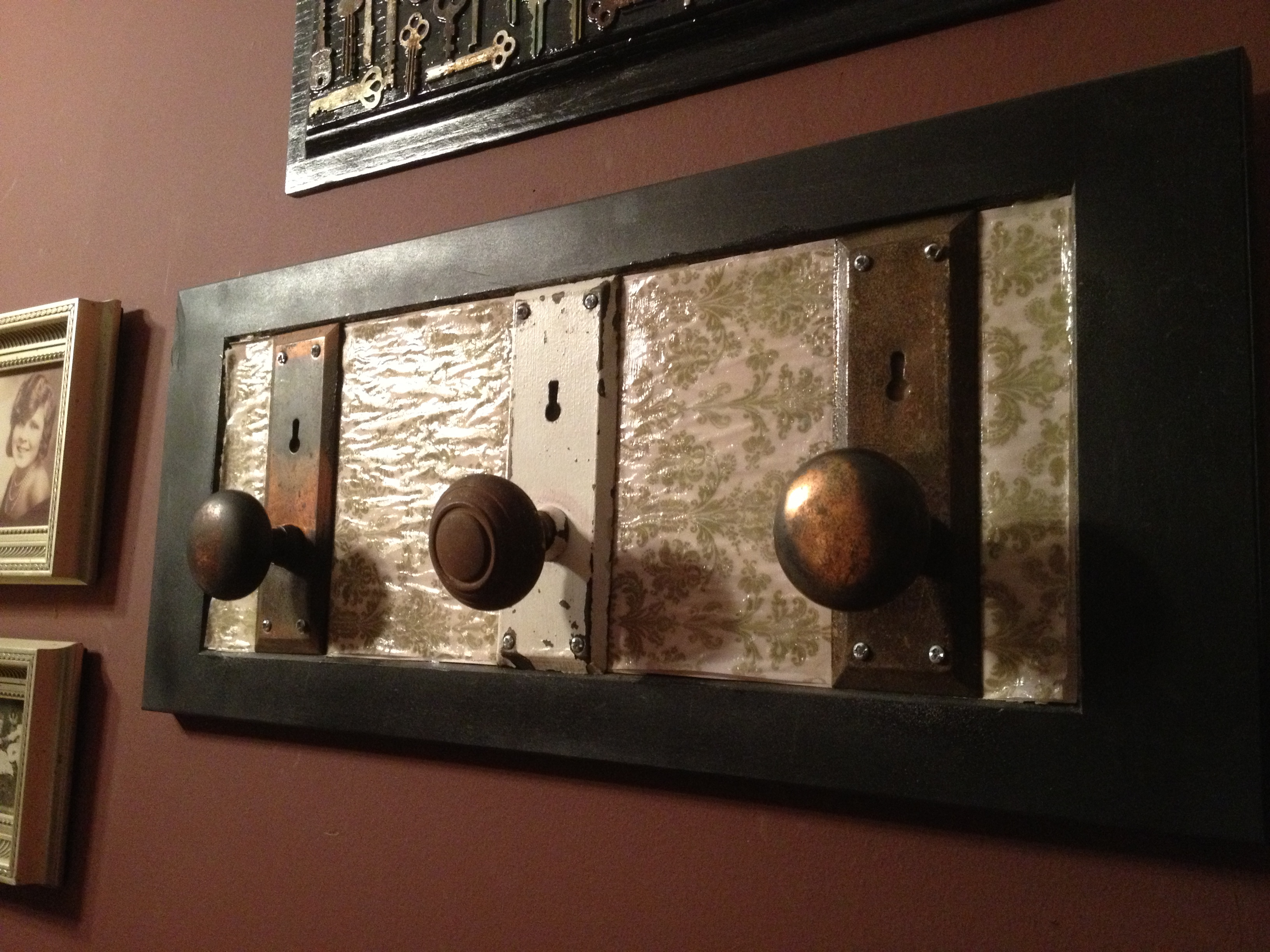 what are door knobs made of photo - 14