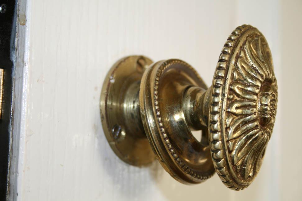 where to buy door knobs photo - 20