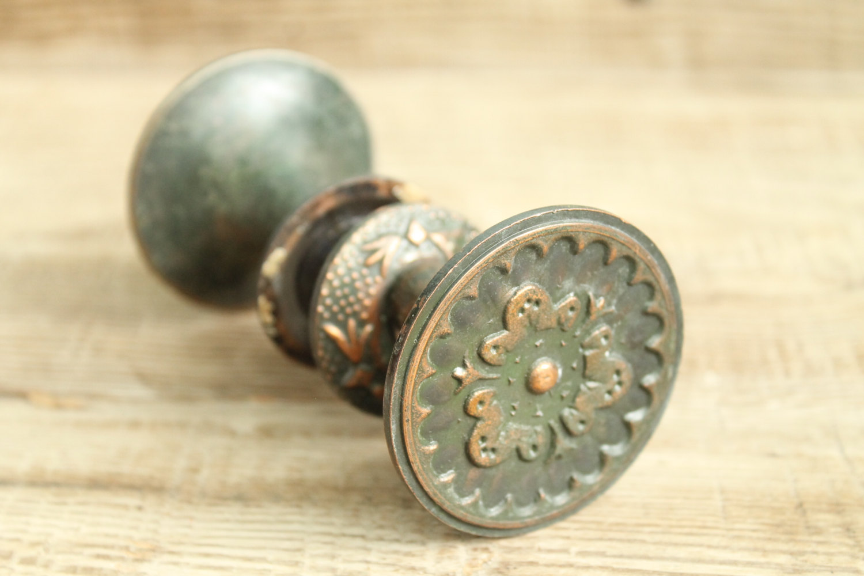 where to buy old door knobs photo - 11