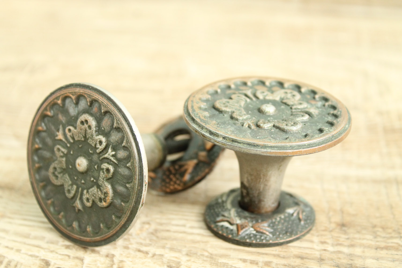 where to buy old door knobs photo - 20