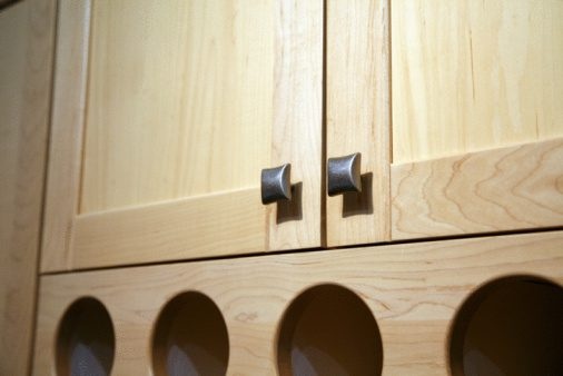 where to put knobs on cabinet doors photo - 8
