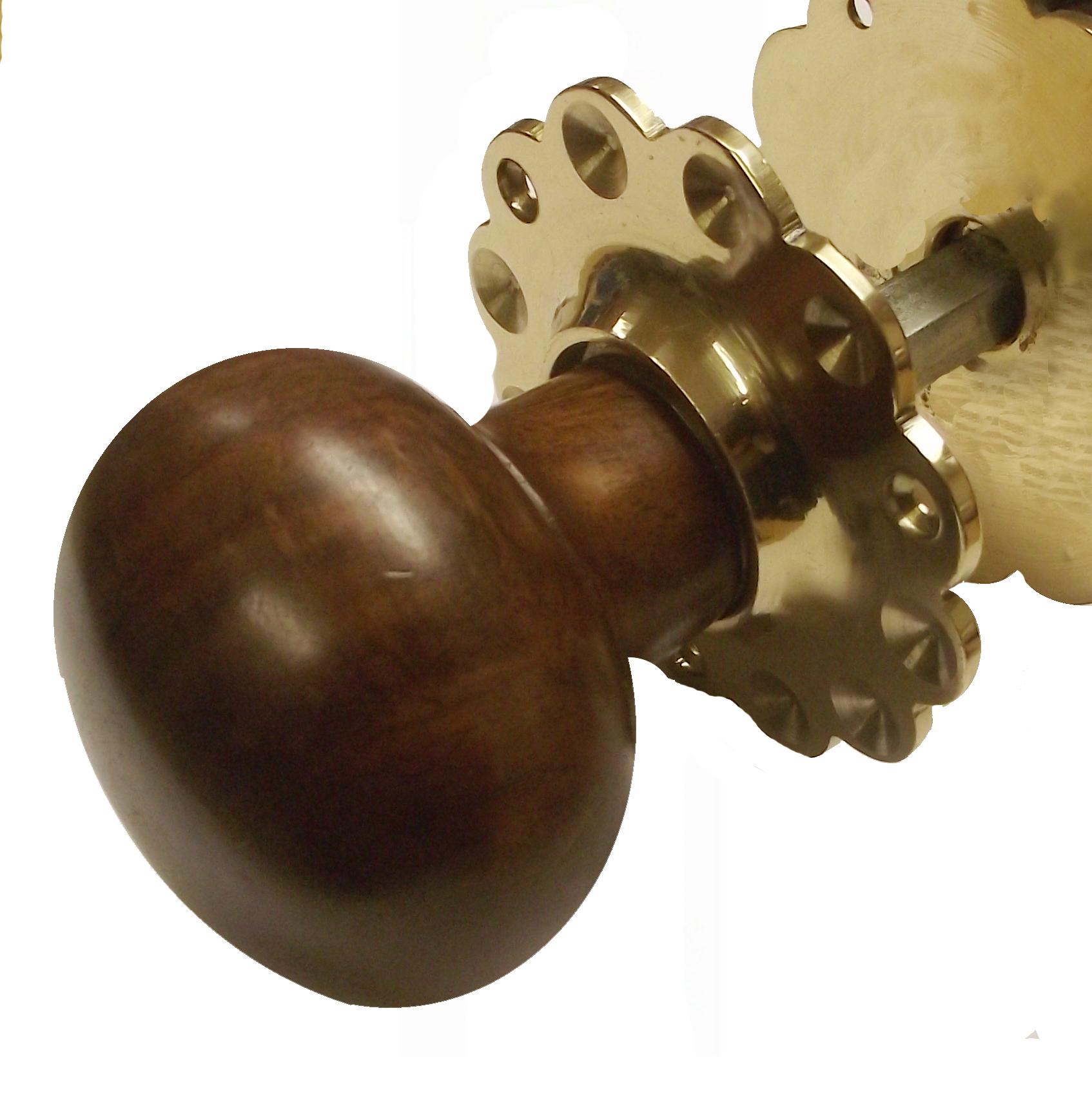 wooden door knob photo - 13