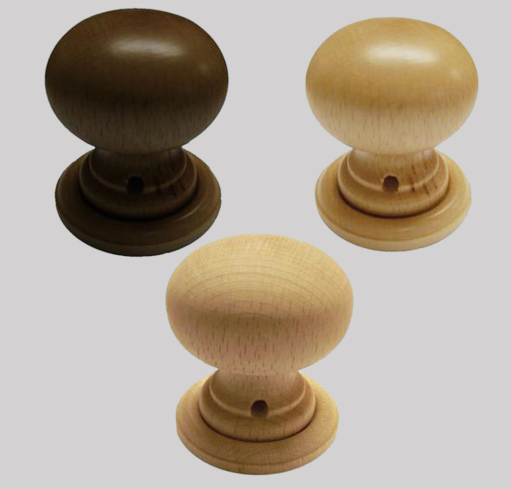 wooden door knob photo - 7