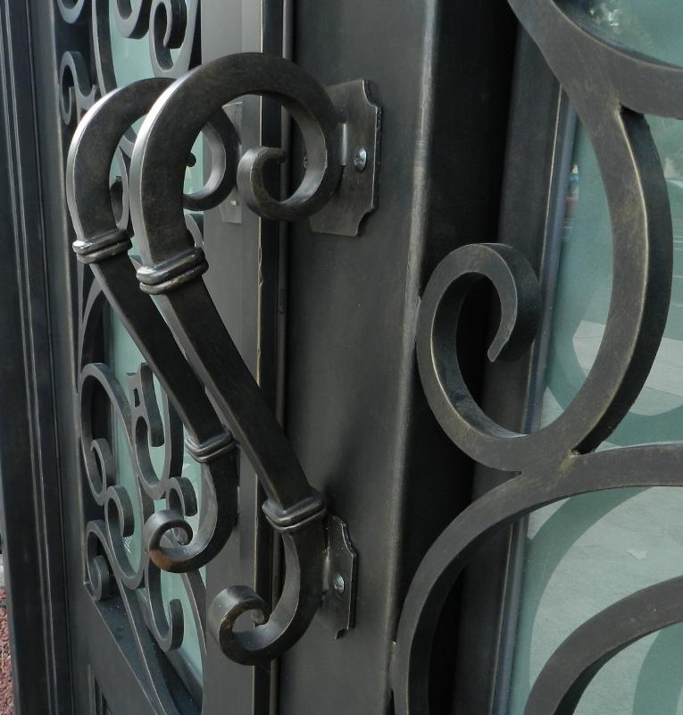 wrought iron door knobs photo - 6